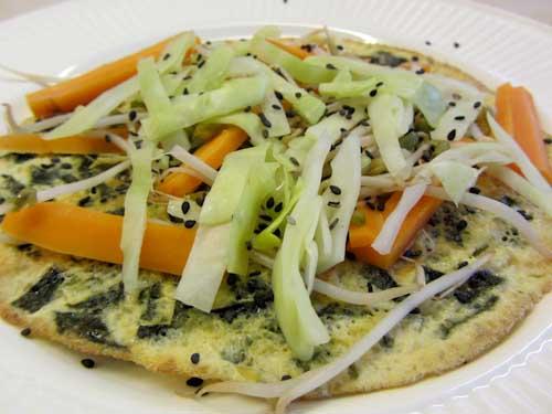 Nori omelet met roerbakgroenten